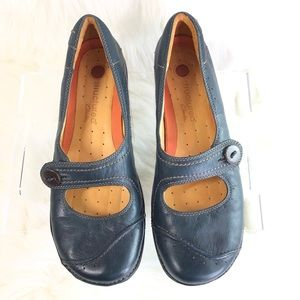 CLARKS Leather Blue Mary Jane Flats / loafers 10